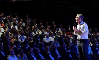 Con la mira en la interna, Macri realiza la reunión de gabinete ampliado | Macri presidente