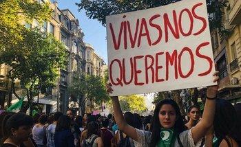 Las mejores fotos y carteles del multitudinario 8M | Día de la mujer