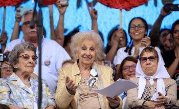 Las Abuelas confirmó la restitución del nieto 130  | Nieto 130