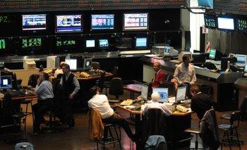 Bolsas, petróleo y granos, en caída | Crisis mundial