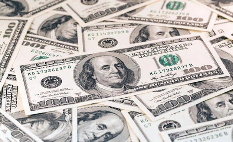El dólar cedió 33 centavos y cerró a $ 46,47