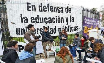 Paritarias: docentes universitarios harán un paro por seis días | Docentes