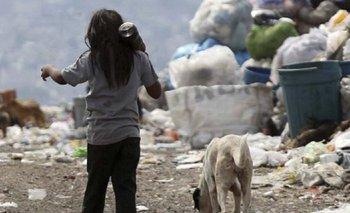 La UCA advierte que en Argentina la pobreza infantil superó el 50% | Pobreza