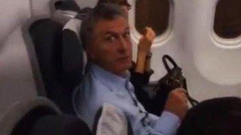 El video del escrache a Macri en un avión: