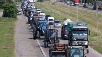 El Gobierno ve la mano de Cambiemos detrás del paro sojero | Soja