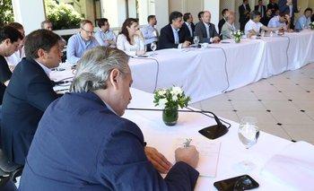 Alberto recibe a Axel Kicillof y 25 intendentes del conurbano | Coronavirus en argentina