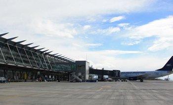 Por la pandemia, desactivan 30 aeropuertos con poco tránsito | Coronavirus en argentina