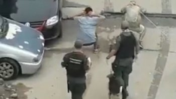 Separan a tres gendarmes por maltratar jóvenes en la 1-11-14   Represión