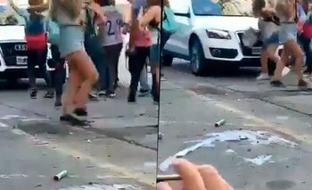 Mar del Plata: automovilista atropelló estudiantes que festejaban el UPD | Accidente