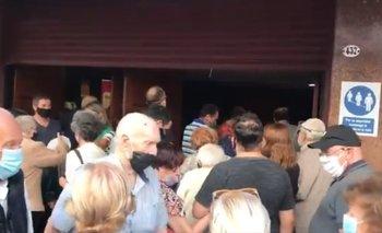 Video: la Ciudad amontona mayores de 80 para vacunarlos en Luna Park | Coronavirus en argentina