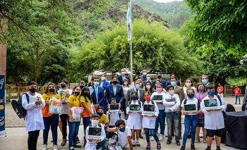Quintela y Trotta inauguraron ciclo lectivo 2021 en La Rioja   Provincias