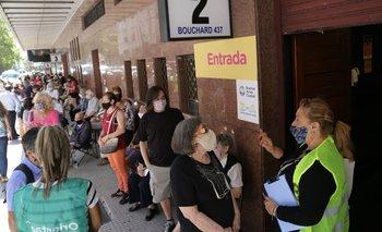 Tras el caos, la Ciudad abrió cinco nuevos centros de vacunación  | Coronavirus en argentina