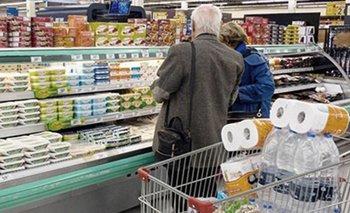 El consumo de productos masivos cayó en febrero 13,2% interanual | Crisis económica