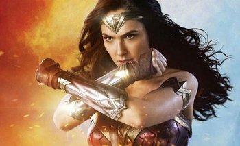Mujer Maravilla 1984: obvia y al borde de lo patético | Estrenos de cine
