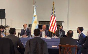 Guzmán se reunió en Nueva York con representantes de fondos de inversión | Deuda externa