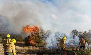 Otorgan beneficios a los afectados por los incendios en Chubut  | Incendios