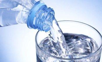 Arsénico en agua mineral: el peligro silencioso que puede provocar cáncer | Día mundial del agua