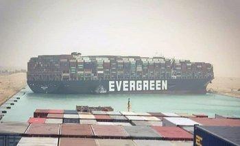 Logran desencallar el Ever Given en el canal de Suez | Ever given