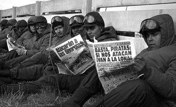 Malvinas: las tapas de Clarín y otros medios en plena guerra | Malvinas argentinas