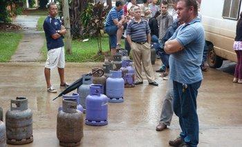 Planificación aseguró que hay un trabajo en equipo para garantizar acceso a las garrafas | Programa hogar