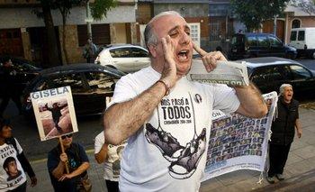 Aníbal Ibarra sufrió un escrache al votar en las PASO CABA 2015 | Elecciones ciudad