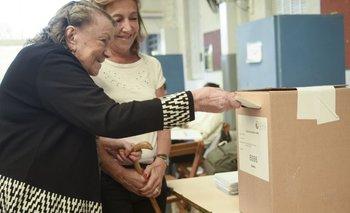 PASO CABA: se vota con normalidad y la mayoría de los candidatos porteños ya acudió a las urnas | Aníbal ibarra