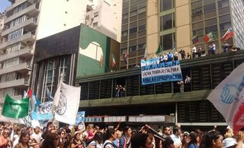 Cena solidaria en apoyo al Bauen y contra el desalojo | Bauen