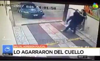 La brutal agresión de policías de la Ciudad al empleado de un hotel | Policía metropolitana