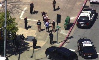 Una mujer comenzó a los tiros en Youtubey fue reducida por el equipo SWAT | Medios