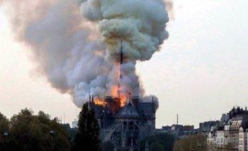 Paris: las redes sociales se hicieron eco del incendio de la catedral de Notre Dame | París