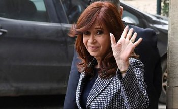 Se agotó la primera edición del libro de Cristina Kirchner sin haber salido a la calle   Cristina kirchner