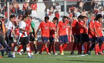 Jugadores del 'Rojo' simulaban lesiones para no jugar en la B | Fútbol argentino