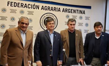 Chacareros dicen que no es momento para ir contra el Gobierno | Coronavirus en argentina