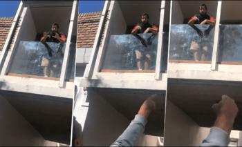Colgó un bandera británica y un veterano explotó contra él | Video