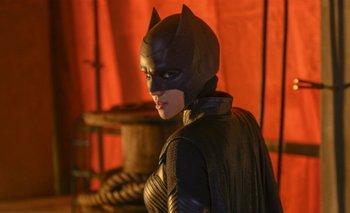 Llega Batwoman, la primera superheroína abiertamente lesbiana | Series