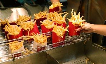 McDonald´s, Burger King y Starbucks bajan un 30% los sueldos | Economía