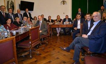 Sesiones remotas: senadores del oficialismo se suman a CFK | Corte suprema de justicia