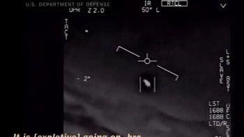 El Pentágono publicó oficialmente videos de ovnis   Fenómenos naturales