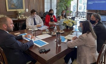 Como Cristina, Guzmán le insiste al FMI para extender plazos de pago | Deuda externa
