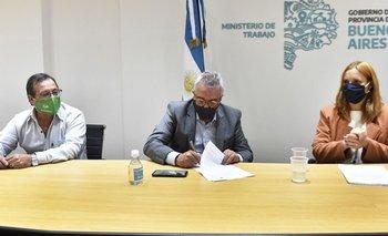 Zamora firmó el primer convenio Colectivo de Trabajo para municipales | Tigre