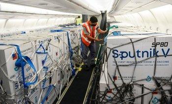 Récord: llegan 800 mil dosis de la vacuna Sputnik V desde Moscú    Vacuna del coronavirus