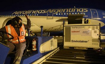 Vacunación COVID: nuevo vuelo a China para más dosis de Sinopharm | Coronavirus en argentina