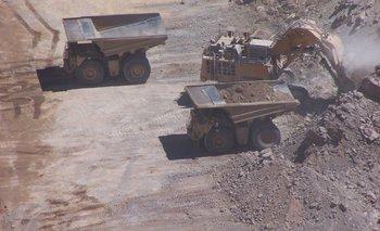 BCRA habilita a mineras a adquirir letras en pesos ligadas al dólar | Economía