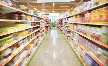 Insólito: Los supermercados remarcan los precios hasta un 240%   Inflación
