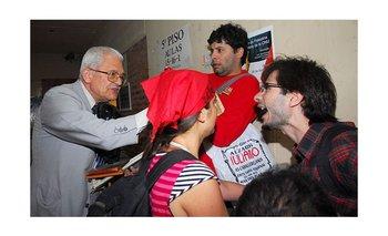 Renunció Piombo a sus cátedras en la Universidad de La Plata   Derechos humanos