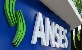 El Gobierno avanza en su plan de vender las acciones en poder de ANSES   Inversión