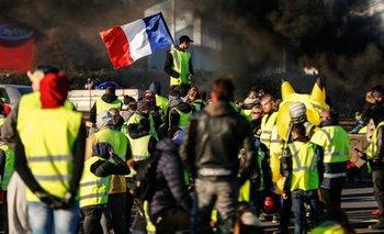 Los chalecos amarillos volvieron a tomar París: Enfrentamientos, tensión y violencia | Francia