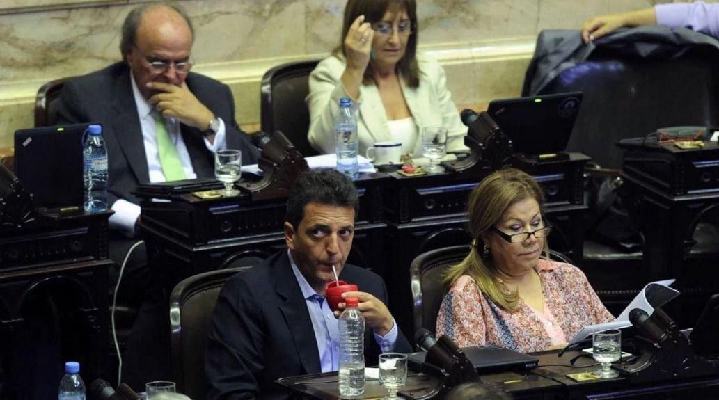 País: Roberto Lavagna promete baja de impuestos si es presidente