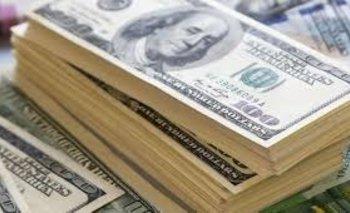 El dólar cerró la semana con una suba importante y cotizó a $ 46,10 | Dólar