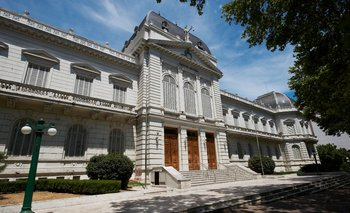 Corte bonaerense suspendió el fallo sobre domiciliarias    Coronavirus en argentina